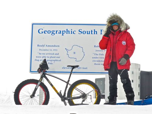 daniel_burton_at_the_south_pole